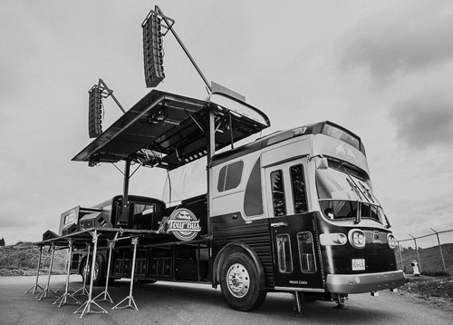 RED BULL CANADA – TOUR BUS